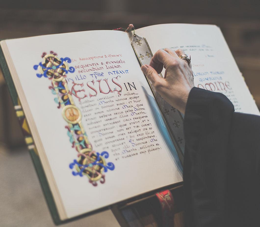 Abbaye-Sainte-Marie-Deux-Montagnes-Home-Prayer